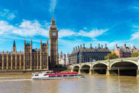 OMGhotels - Overnight London stay with breakfast and a 24 hour Hop On Hop Off River Cruise - Save 0%