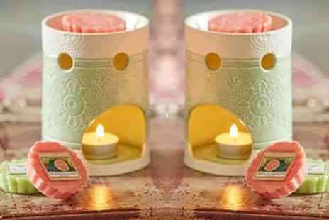 Groupon Good - Yankee Candle Spring Melt Warmers with Four Wax Melt Tarts - Save 63%