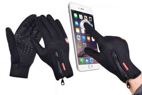 hey4beauty - Pair of windproof touchscreen compatible sports gloves - Save 0%