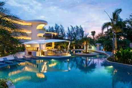 Hotel Novotel Phuket Karon Beach Resort and Spa - Four Star Stay in the Standard Room Family room - Save 0%