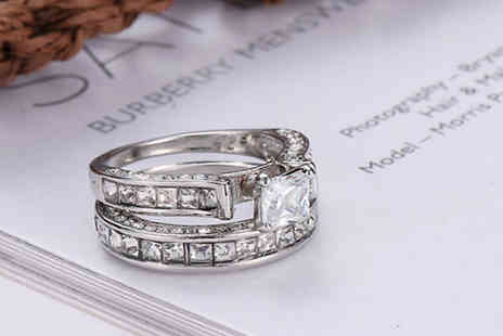 hey4beauty - 2x Engagement & Wedding Band Style Rings Available in 5 Sizes - Save 65%