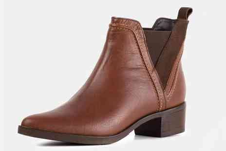 Redfoot Shoes - Pair of ladies pointed toe Chelsea boot - Save 68%