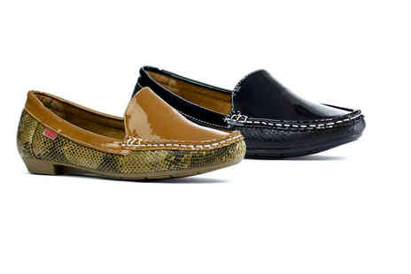 Shoe Fest - Pair of leather comfort loafers - Save 67%