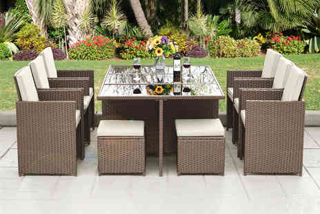 Direct Sourcing Project - 10 seater polyrattan dining set choose black, brown or grey - Save 73%