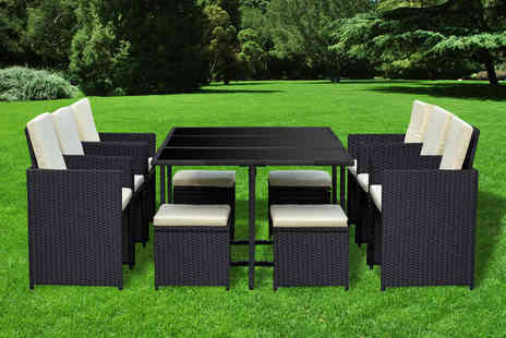 Direct Sourcing Project - 10 seater Hampstead durable polyrattan garden furniture set choose from three colours and  - Save 73%