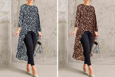 Domo Secret - High low hem leopard print top - Save 70%