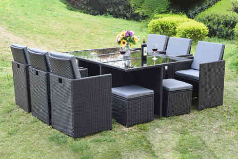 Direct Sourcing Project - 10 seater polyrattan dining set choose black, brown or grey  - Save 71%