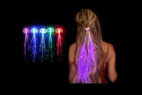 London Exchain Store - 4 Led Hair Extensions - Save 75%