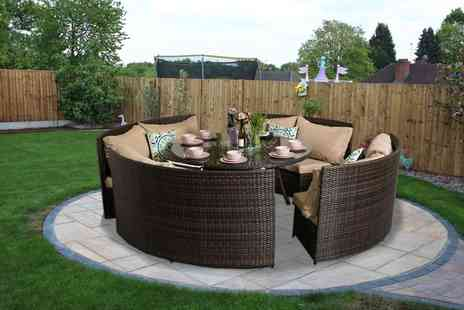 Dreams Outdoors - Papaver Eight seater polyrattan round table garden furniture set - Save 56%