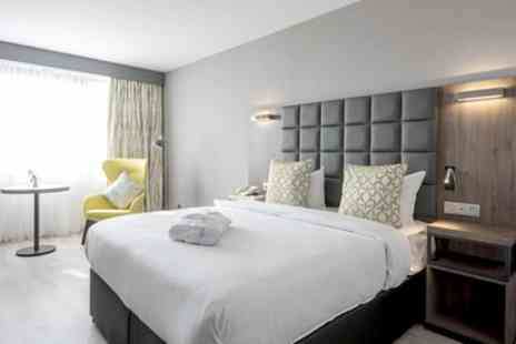 Gresham Belson Hotel Brussels - Standard or Superior Double Room with Breakfast for Two - Save 30%