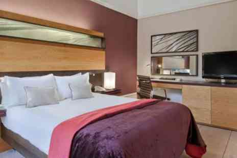 Edinburgh Grosvenor Hotel - Compact, Double or Deluxe Double Room for Two - Save 17%