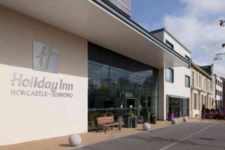 Holiday Inn Newcastle Jesmond - One Night Stay for 2 with Breakfast, Bubbly, Chocolates - Save 0%