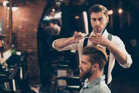 Le Salon UK - Mens Haircut with Optional Beard or Hot Towel Shave - Save 43%