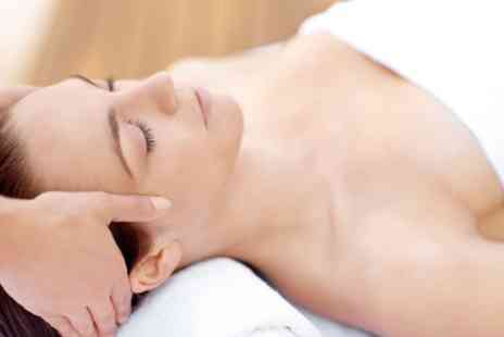 Viya Beauty - Indian Head Massage with Neck and Back Massage - Save 28%
