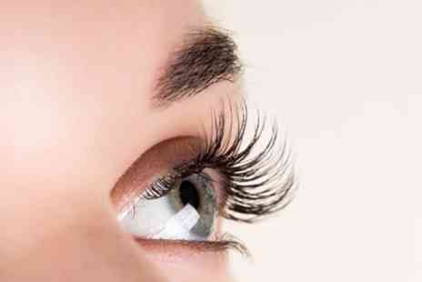 Beauty by Mariea - Full Set of Classic, Hybrid or Russian Volume Eyelash Extensions - Save 70%