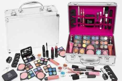 Avant Garde Brands - Makeup case - Save 44%