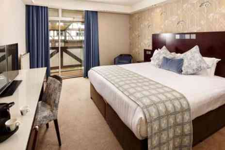 Mercure Leeds Parkway Hotel - Classic Double Room for Two with Breakfast, Bottle of Wine - Save 22%