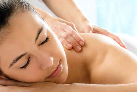 AeroSpa Edinburgh - Two and a half hour pamper package - Save 47%