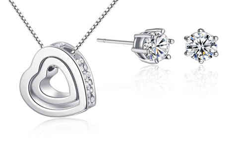 Your Ideal Gift - Solitaire earring and heart pendant necklace gift set - Save 0%