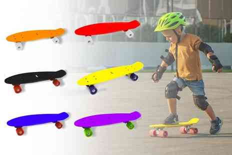 The Gift and Gadget Store - Plastic skateboard for kids - Save 0%