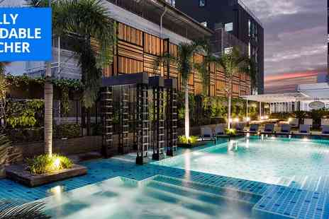 Solitaire Bangkok Sukhumvit 11 - Deluxe Bangkok stay with breakfast for 2 - Save 0%