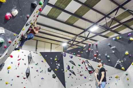 Volume 1 Climbing - Introduction to Bouldering and Full Day Pass - Save 43%