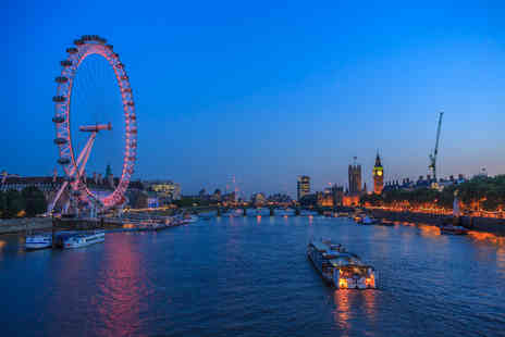 OMGhotels - A London Stay with breakfast and London Eye tickets - Save 0%
