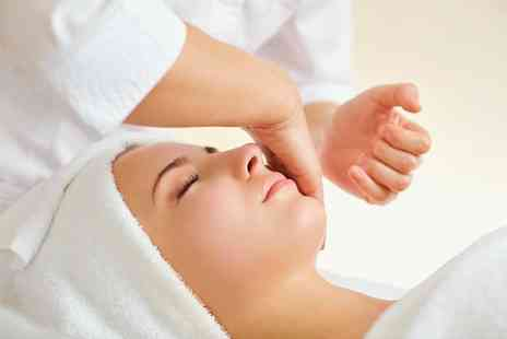 Divinus Beauty - The choice of a one hour facial - Save 53%