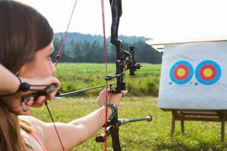 Lea Marston Shooting Club - Archery or Air Guns 30 or 60 Minute Private Lesson  - Save 38%