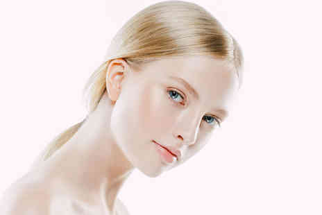 Avant Aesthetics Clinic - Dermaplaning facial - Save 62%