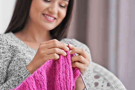 International Open Academy - Knitting for beginners online course - Save 91%