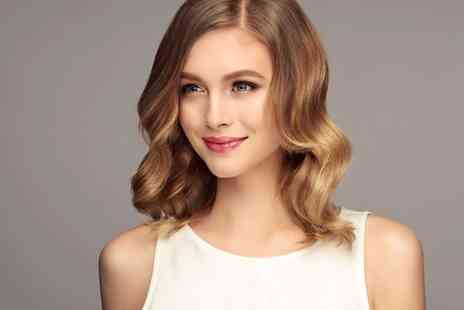 Jumairah Spa - Half head of highlights, wash, cut and blowdry - Save 53%