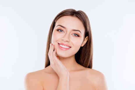 Top Lips - 2ml dermal filler at Top Lips, Ebury Street including the choice of lips, cheeks, nasolabial folds, jawline - Save 58%