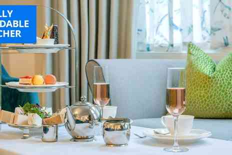 Hotel Collingwood - Afternoon tea and bubbly for 2 - Save 17%
