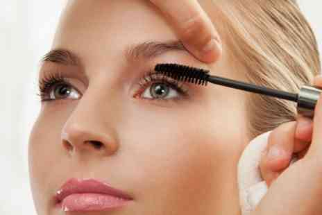 En Vogue - Makeup Application with Lashes or One on One Makeup Lesson - Save 0%