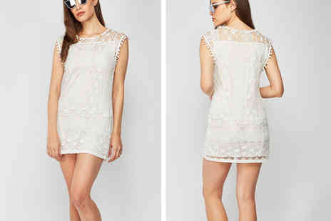Direct Sourcing - White lace dress - Save 88%