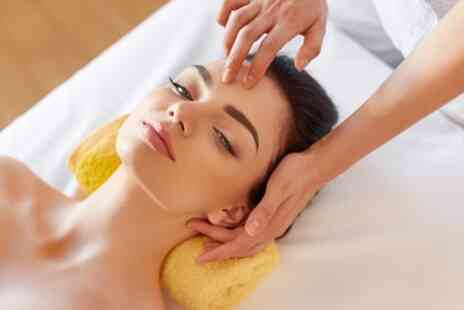 The Beauty Bar West End - 30 Minute Express Facial - Save 8%