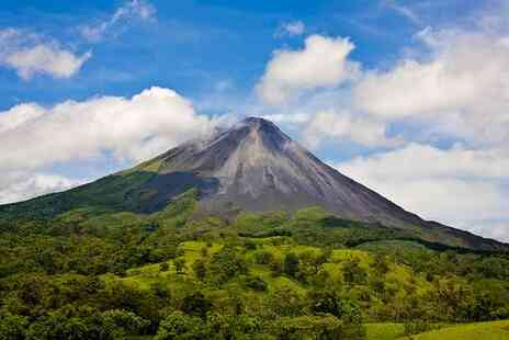 The Essentials of Costa Rica - Incredible Discovery Tour Through Unbeatable Central American Locations - Save 0%