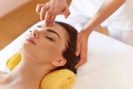 Power of Beauty - Oxygenating, Hydrolifting or Protein Restorative Facial - Save 49%