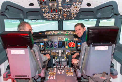 Ascent Aviation - Flight simulator experience in a Boeing 737 or an Airbus A320 for one person - Save 47%