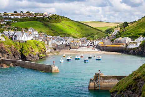 The Slipway - A Port Isaac, North Cornwall stay for two people with breakfast - Save 42%