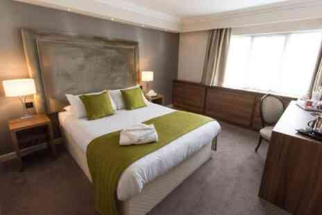 Dukes Head Hotel - 1 or 2 Nights for Two with Breakfast - Save 0%