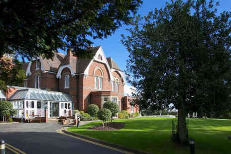 Stourport Manor Hotel - Stourport, Worcestershire stay for two people with breakfast - Save 47%