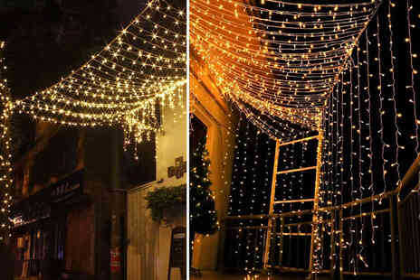 Arther Gold - Set of LED curtain string lights with 200 or 300 LED - Save 74%