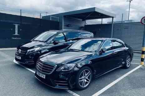 A chauffeurs - Private Executive Chauffeur Transfer Services from Gatwick Airport To London - Save 10%