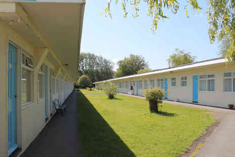 Pontins - A coastal break for two people in a one bedroom apartment with breakfast - Save 0%