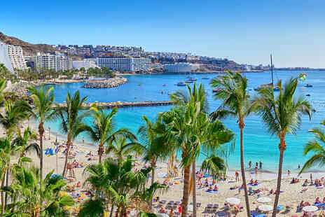 Deal of the Day Holidays - A Gran Canaria, Spain apartment stay and return flights - Save 31%