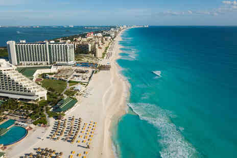 Weekender Breaks - A Cancun, Mexico hotel stay with breakfast and return flights - Save 29%