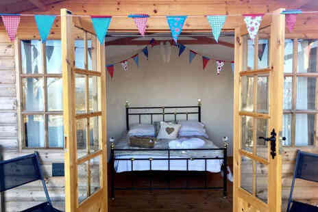 Abels Harp - A Shropshire glamping stay for two people with hot tub access - Save 30%