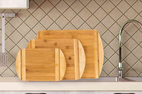 Klass Homes - Set of three bamboo chopping boards with a chopping board stand - Save 56%